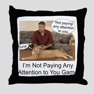 Not paying attention Throw Pillow