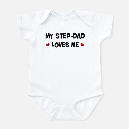 Step-Dad loves me Infant Bodysuit