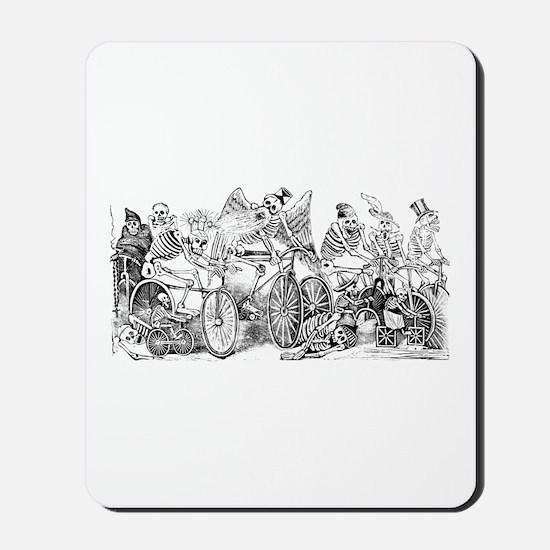 Calaveras en Bicicleta Mousepad