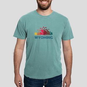 Retro Distressed Wyoming Design for Men Wo T-Shirt