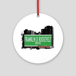 FRANKLIN D ROOSEVELT DRIVE, MANHATTAN, NYC Ornamen