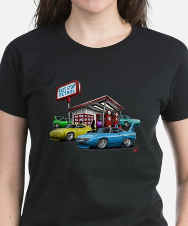 Superbird Gas station scene Women's Dark T-Shirt