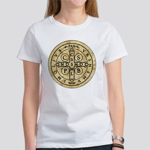 St Benedict Medal: Latin + Translation Women's T-S
