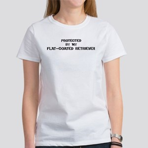 Protected by Flat-Coated Retr Women's T-Shirt