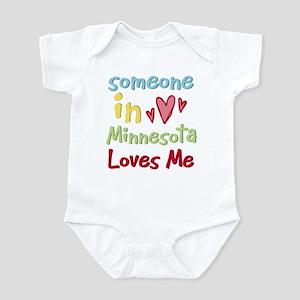 Someone in Minnesota Loves Me Infant Bodysuit