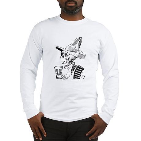 Calavera con Cerveza Long Sleeve T-Shirt