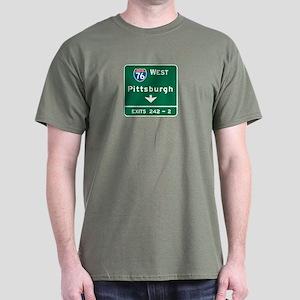 Pittsburgh, PA Highway Sign Dark T-Shirt
