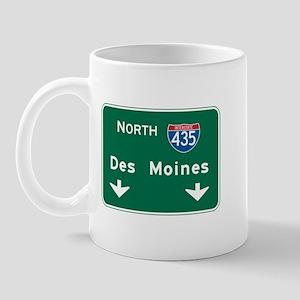 Des Moines, IA Highway Sign Mug