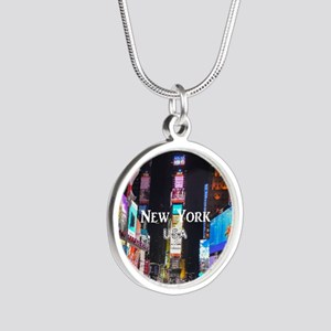 New York Silver Round Necklace