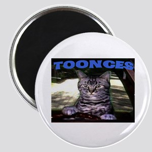 TOONCES Magnet