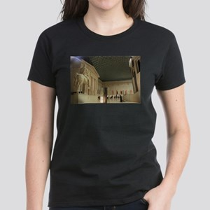 British Museum, London Women's Dark T-Shirt