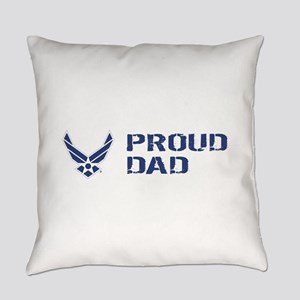 USAF: Proud Dad Everyday Pillow