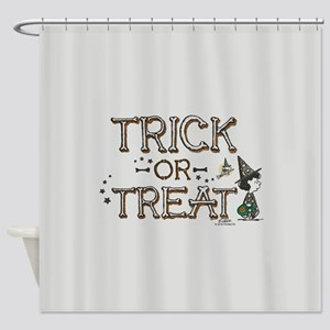 Peanuts - Trick or Treat Shower Curtain