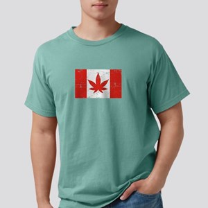 Canadabis Distressed Gift T-Shirt