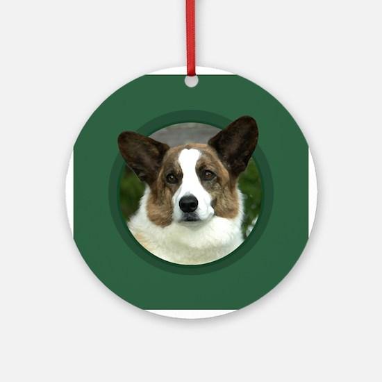 Cardigan Corgi Green Round Ornament