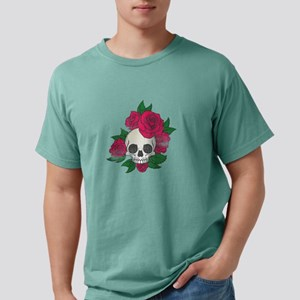 Skull Creepy Halloween Pink Roses T-Shirt