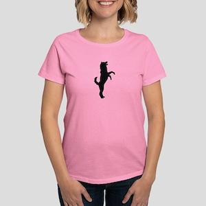 Alaskan Malamute Women's Classic T-Shirt
