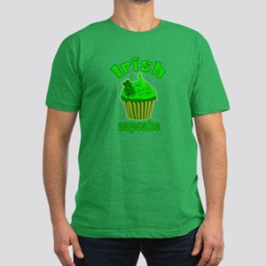 Lucky Irish Cupcake Men's Fitted T-Shirt (dark)