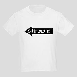 She Did It - Kids Light T-Shirt