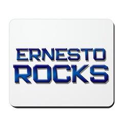 ernesto rocks Mousepad