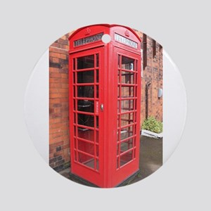 red phone call box london Round Ornament