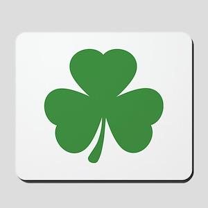 green shamrock irish Mousepad