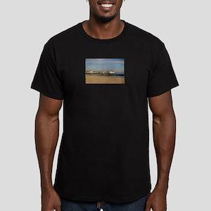 OOB, Pier, ME Men's Fitted T-Shirt (dark)