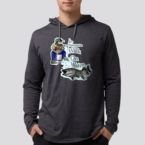 Ice fishing muskie Long Sleeve T-Shirt