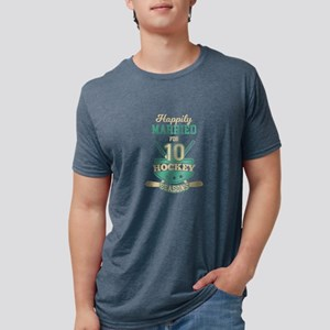 Happily Married For 10 Hockey Seasons Anni T-Shirt