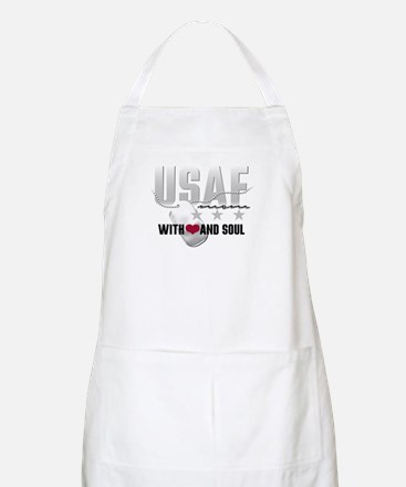 USAF Mom - With Heart and So BBQ Apron