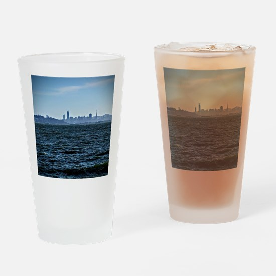 The city by the bay Drinking Glass