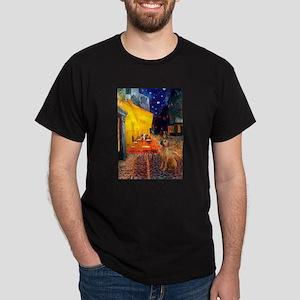 Cafe / Rhodesian Ridgeback Dark T-Shirt