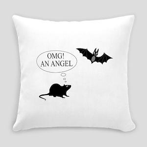 Omg An angel Everyday Pillow