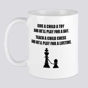 Teach a child chess (Mug)