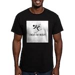 Chicks Dig Skiers Men's Fitted T-Shirt (dark)