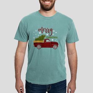 Vintage Red Christmas Truck Tree Farm T-Shirt