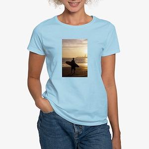 Women's surfer T-Shirt