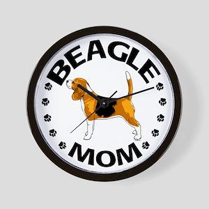 Beagle Mom Wall Clock