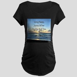 LIVING HAPPY Maternity Dark T-Shirt