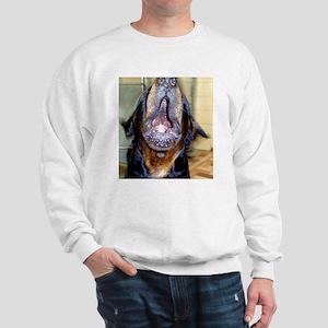 Howling rottie Sweatshirt