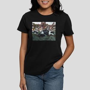 Newfoundland Mom and Pups Lan Women's Dark T-Shirt