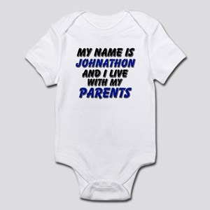 my name is johnathon and I live with my parents In