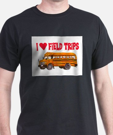 I LOVE FIELD TRIPS.. T-Shirt