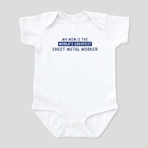 Sheet Metal Worker Mom Infant Bodysuit