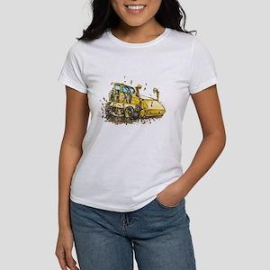 Leaf Me Be Women's T-Shirt