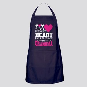 My Heart Lives In Heaven And He Is My Apron (dark)
