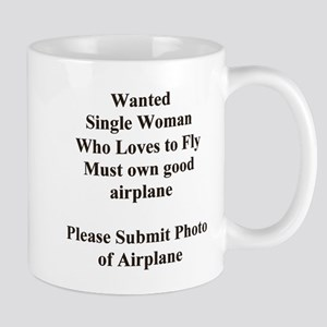 ... SINGLE WOMAN WHO LOVES TO Mug