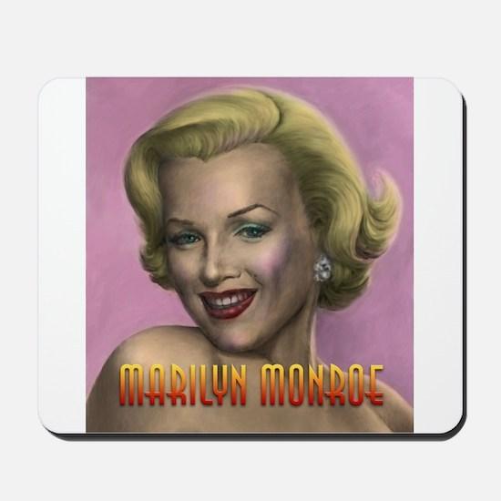 Marilyn shop 001 Mousepad