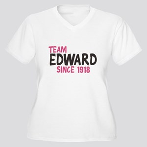 Team Edward Women's Plus Size V-Neck T-Shirt