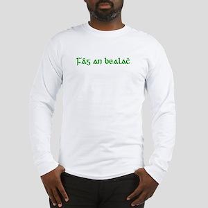 Fág An Bealach Long Sleeve T-Shirt
